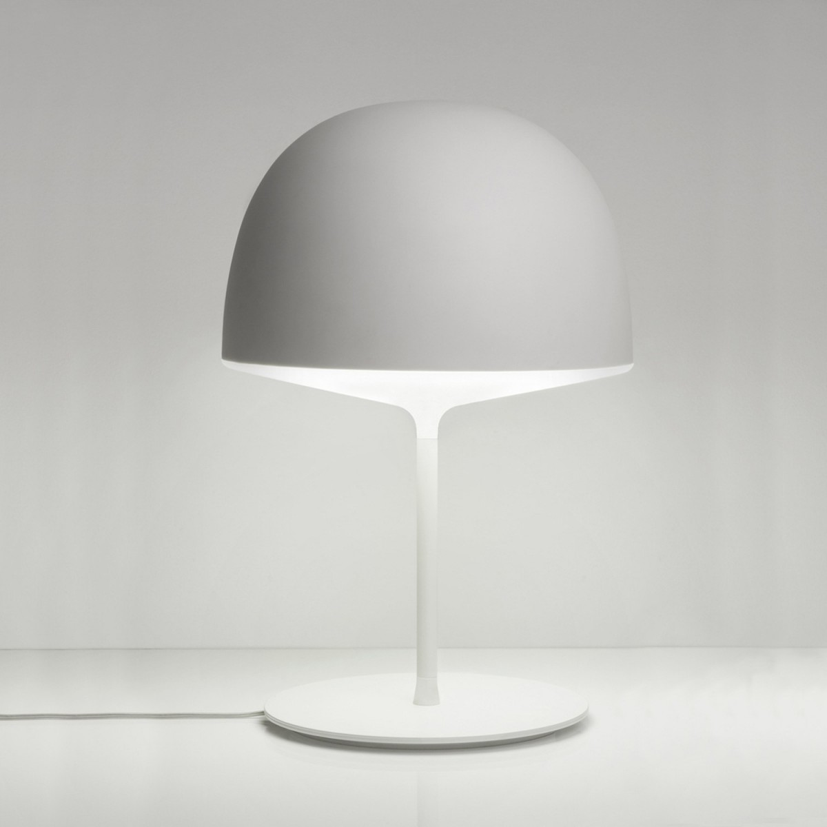FontanaArte Cheshire White Table Lamp Outlet | Desout.com