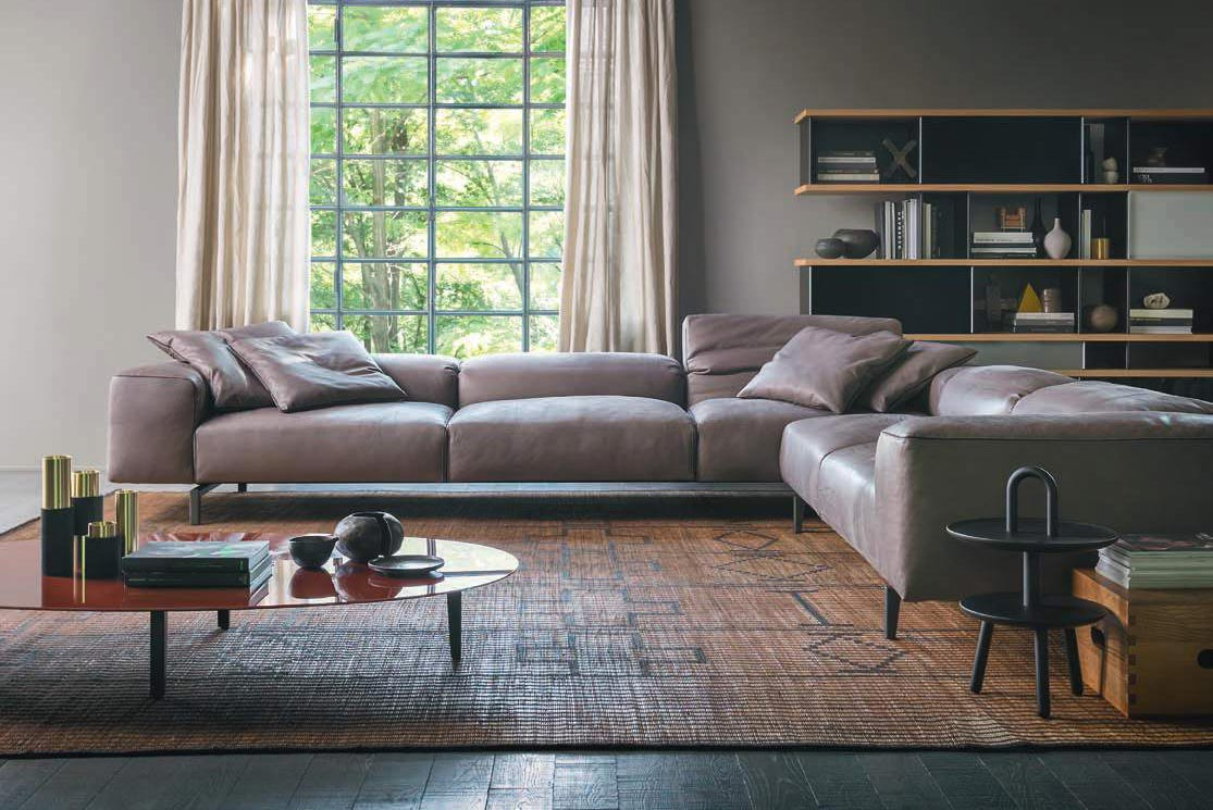 Cassina design outlet for Outlet cassina meda